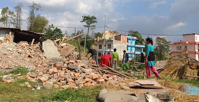 Rubbling on the Outskirts of Kathmandu